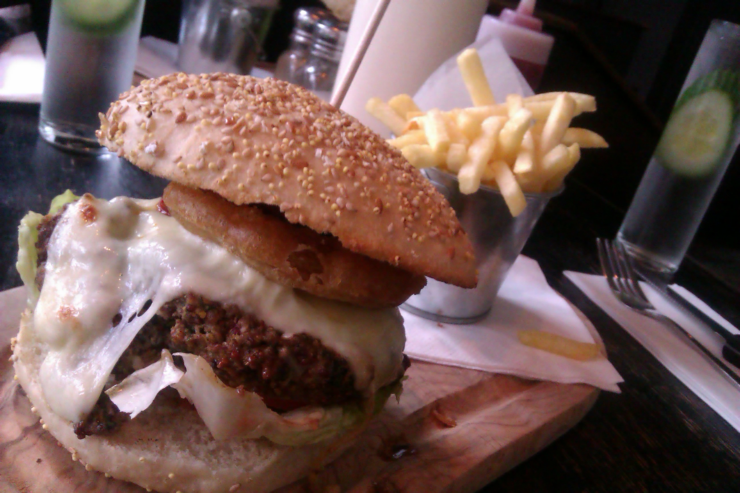 Chinaskis burger Glasgow